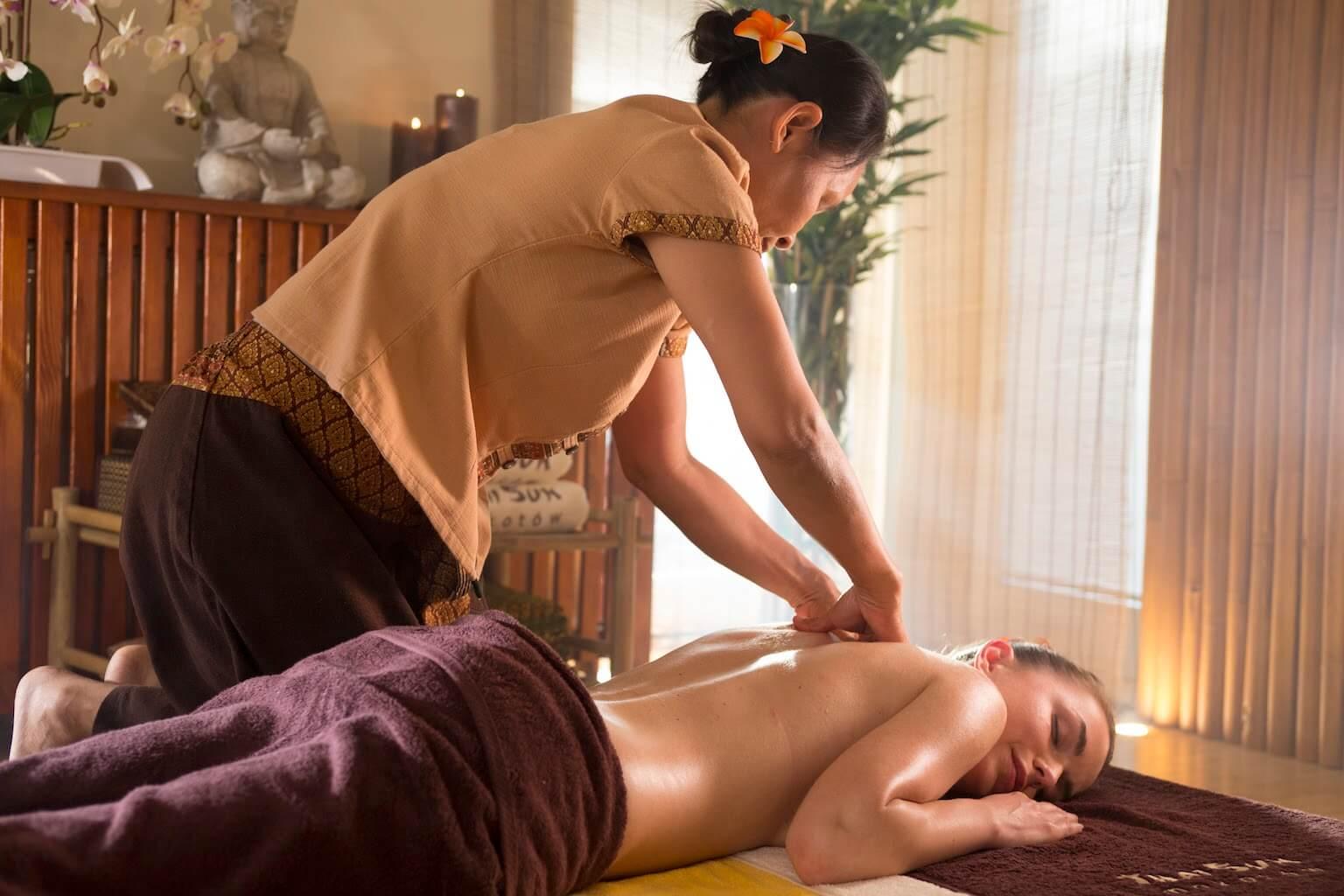 Tajski masaż olejkiem